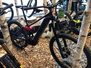 e-Bikes Mountainbike HUSQVARNA Mountain Cross MC6