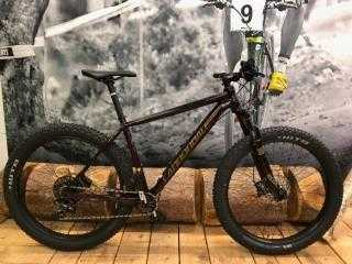 Bikes Mountainbike CANNONDALE Beast of the East 2