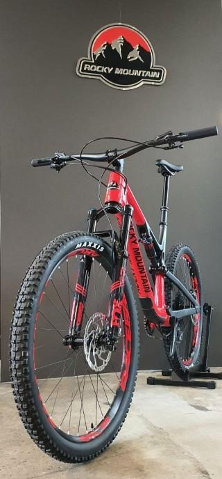 Bikes Mountainbike ROCKY MOUNTAIN Thunderbolt Carbon 70